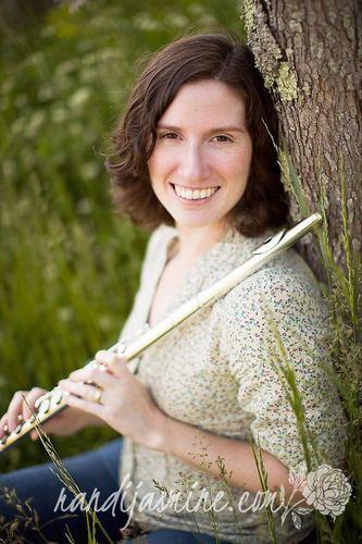 Alexis Del Palazzo, a flute and a smile.